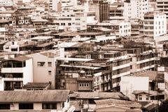Cityscape av Bangkok, många gamla byggnader i den Bangkok staden Arkivfoton