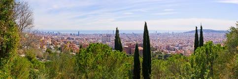 Cityscape av Barcelona från parkerar Guell, Spanien Royaltyfria Foton