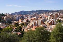 Cityscape av Barcelona från parkerar Guell, Spanien Royaltyfria Bilder