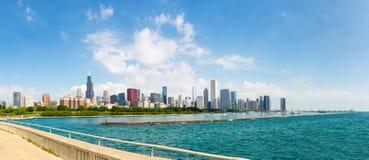 Cityscape av Chicago i en sommardag Royaltyfria Foton