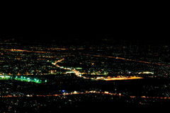 Cityscape av Chinag Mai i natt Royaltyfri Bild