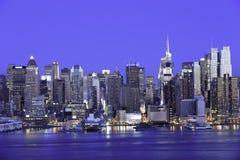 New York Manhattan på natten Arkivfoton