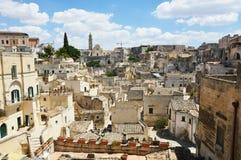 Cityscape av den pittoreska gamla staden av Matera Sassi di Matera med de forntida tuffhusen för kännetecken Matera är också UNE Fotografering för Bildbyråer