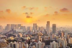 Cityscape av den Tokyo staden, Japan Flyg- sikt av den moderna kontorsbuien Royaltyfri Foto