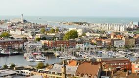 Cityscape av Dunkirk, en stad i nordliga Frankrike stock video