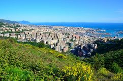 Cityscape av Genoa, Italien Arkivfoto