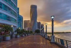Cityscape av Guayaquil strand, Ecuador arkivfoton