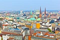 Cityscape av Hamburg från arkivfoton