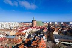 Cityscape av Kolobrzeg, Polen Royaltyfri Foto