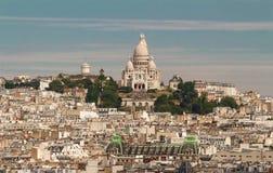 Cityscape av Paris med den Sacre Coeur basilikan, Paris, Frankrike Royaltyfri Foto