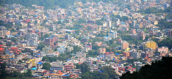 Cityscape av Pokhara i den Annapurna dalen Nepal Royaltyfri Fotografi