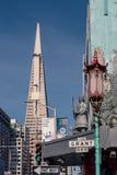 Cityscape av San Francisco fr?n chinatonw arkivbilder