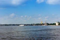 Cityscape av St Petersburg Royaltyfri Fotografi