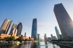 Cityscape av tianjin på skymning Arkivbild