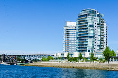 "Cityscape av Vancouver, British Columbia, Kanada †""False Creek Arkivfoto"