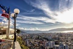 Cityscape av Vlore, Albanien Arkivbild