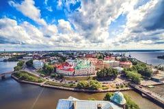 Cityscape av Vyborg i sommardag Royaltyfri Bild