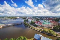 Cityscape av Vyborg i sommardag Arkivbild
