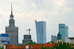 Cityscape av Warszawa med slotten av kultur och vetenskap poland Royaltyfria Bilder