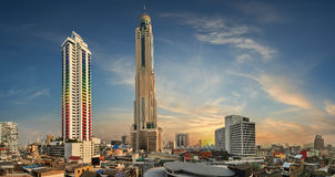 Cityscape of bangkok. Baiyoke Tower  is an 85-storey, 304 m (997 ft) skyscraper hotel at 222 Ratchaprarop Road in the Ratchathewi district of Bangkok, Thailand Stock Photos