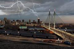 Cityscape bliksem Stock Afbeeldingen