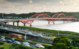 Cityscape of bridge and cars Royalty Free Stock Photos