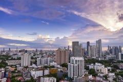 cityscape de zonsonderganghorizon van Bangkok, Thailand Bangkok is metropoli stock fotografie