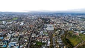 Cityscape EdinburgSkottland för flyg- sikt Royaltyfria Bilder