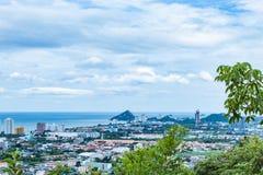 Cityscape en overzees van Hua Hin-stranden royalty-vrije stock afbeelding
