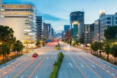 Cityscape en wolkenkrabber bij schemer in sakae, Nagoya, Japan Royalty-vrije Stock Fotografie