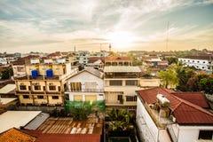 Cityscape i den Siemreap staden Royaltyfria Bilder