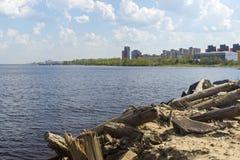 Cityscape on lake shore Royalty Free Stock Images