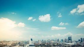 Cityscape med motorvägen och trafik av Bangkok royaltyfri fotografi
