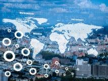 Cityscape med världskartan och nummer Fotografering för Bildbyråer