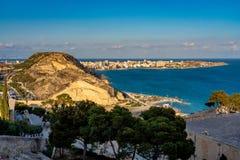 Cityscape mening over Alicante in Spanje, Europa stock foto's
