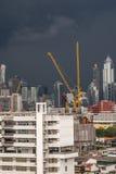 Cityscape met het inbouwen van stad van Bangkok Stock Fotografie