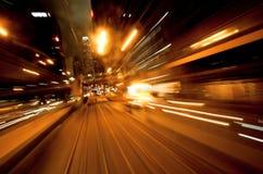 Cityscape met motie vage bezinningen Stock Foto