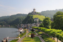 Free Cityscape Of Cochem With Mosel River And Castle Royalty Free Stock Photo - 71858495