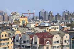 Cityscape op een zonnige dag in Dalain, Liaoning-Provincie, China Royalty-vrije Stock Foto