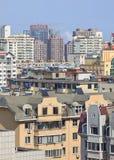 Cityscape op een zonnige dag, Dalian, China Stock Foto