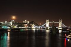 Cityscape of the River Thames at night Royalty Free Stock Photos