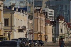 Cityscape Sectie van de straat op 8 Maart van huisnummer 36 aan nummer 28 royalty-vrije stock foto