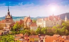 Cityscape Sighisoara, Rumänien Royaltyfria Bilder