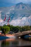 58/5000 cityscape som förbiser bron Royaltyfri Foto