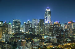 Cityscape van Bangkok bij Nacht Royalty-vrije Stock Foto's