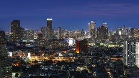 Cityscape van Bangkok bij schemering Royalty-vrije Stock Foto's