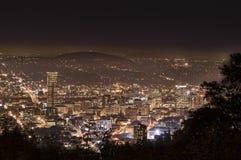 Cityscape van de avond van Portland Oregon, de V.S. stock afbeeldingen