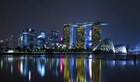 Singapore bij nacht Royalty-vrije Stock Afbeeldingen