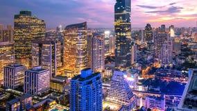 Cityscape van de stad van Bangkok bij nacht Thailand royalty-vrije stock afbeeldingen