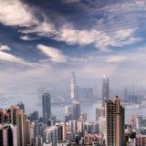 Cityscape van de wolkenkrabbers en de horizon van Hongkong Stock Afbeeldingen